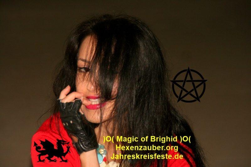 Hexenzirkel, Hexenzauber, Sorcieres, Strega, Brujas, Witchcraft, Wiccan, Magic of Brighid, Witches of east end, sorcellerie, hexen sabbat, hexen rituale, solstice rituals, hexen goettin, hexenfeste, witches sabbath, witches esbat, imbolc, beltane, ostara, litha, lughnasadh, mabon, samhain, halloween, yule, walpurgisnacht, hexen buch, come to me oils, love spells, hexen initiation, witches initiation, jahreskreis feste, vollmond magie, hexen kelch, hexen dolch, hexen zirkel, hexen kalender, kerzen zauber, runen steine, mojobeutel, liebes zauber, witchboard, quija, ritual gegenstaende, hexen zauber sprueche, hexen rezepte, hexen weihrauch, runen magie, hexen videos, hexen serien, hexen filme, hexen kult, hexen ritual, hexen tum, schutz kreis, schutz zauber, reinigungs zauber, witch circle, witch coven, walpurgis night stockholm, summer solstice stonehenge, sommersonnenwende, midsommar stockholm, hexentanzplatz thale, hexen initiation, witches initiation,